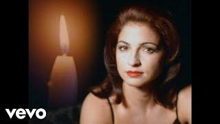 Смотреть клип Gloria Estefan - Silent Night