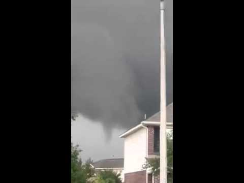 Funnel Cloud Spotted Over League City, Texas, on April 24