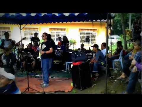 Lagu Untuk Adinda Live @bt8 (KHALIFAH)