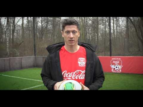 Robert Lewandowski - strzał z podbicia - Coca-Cola Cup