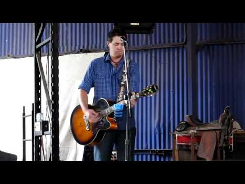 """Andrew Wade - """"Let Her Cry"""" by Hootie and The Blowfish"""