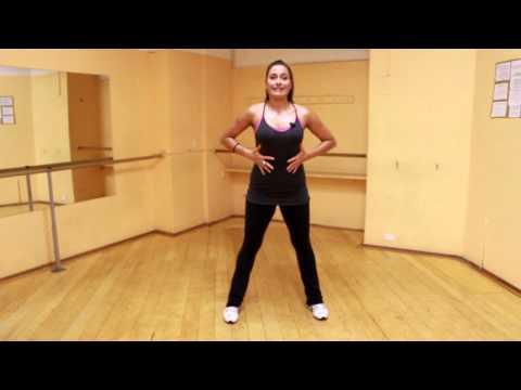 Step Touch esercizio di aerobica da fare a casa come in palestra per dimagrire