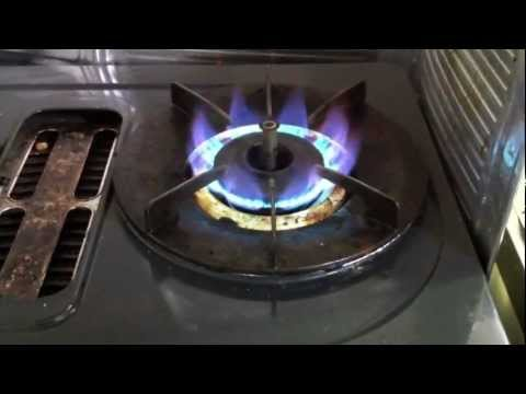 Japanese Apartment: Gas Stove - YouTube