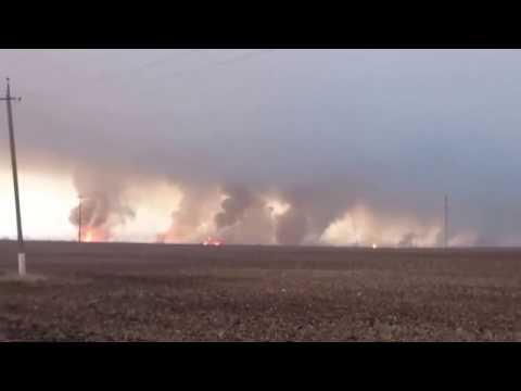 Украина, Балаклея. Взрывы на оружейных складах
