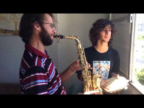 Os Carcarás, no Ateliê FUKS Arcos da Lapa: APRIL CHILD !