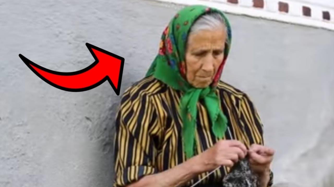 اعتقد الجميع ان ام محمد جالسة تبكي و لكن عندما اقتربوا منها و نظروا الى وجهها كانت المفاجئة !!
