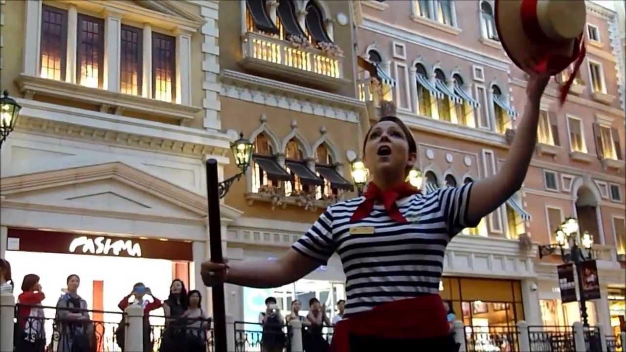 Gondola Ride Venetian Macau 澳门威尼斯人 'O sole mio (My Sun ...