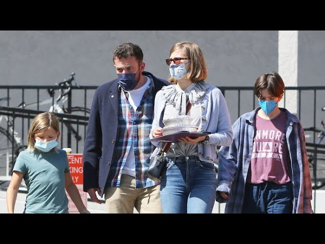 Ben Affleck's Plays Driving Instructor Before Family Lunch In Brentwood