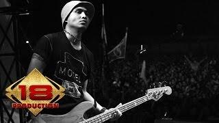 Slank - Malam Minggu (Live Konser Kalimantan Barat 19 Desember 2006)