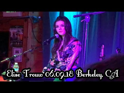 Elise Trouw Collection