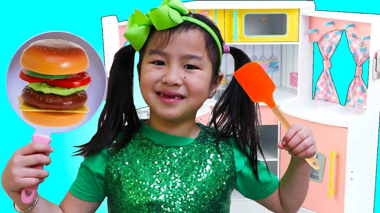 Jannie Pretend Play Choosing a Profession for Kids