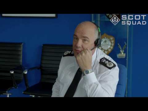 The Chief tries out online gaming | Scot Squad