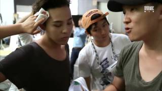 [PLAY KPOP] G-Dragon AWAKE Hologram 3D Making of Film (지드래곤) for K-Live