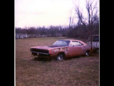 Car Wrecks - Old Rides