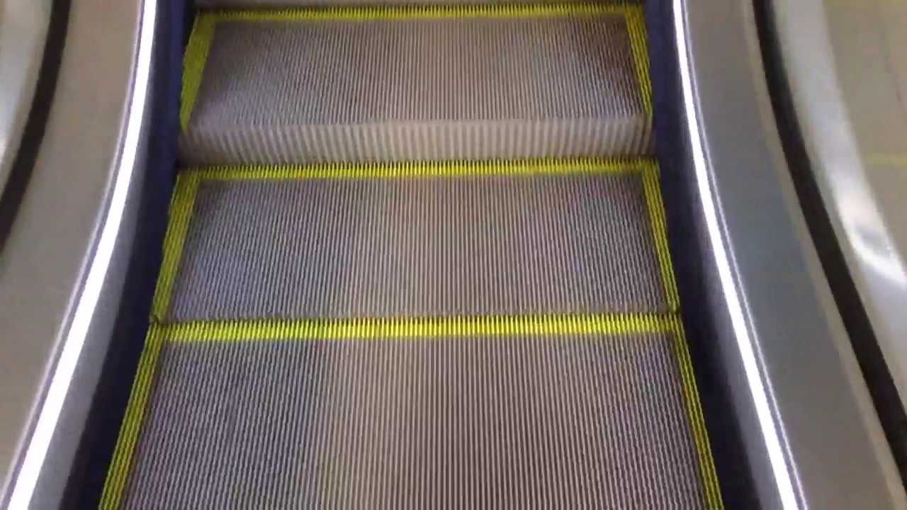 Las escaleras mec nicas m s largas de espa a youtube for Escaleras largas