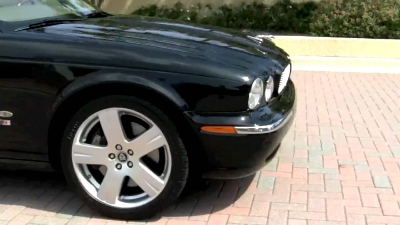 2006 Jaguar XJR Ebony T2648A