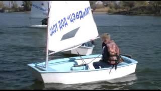 На акватории Золотого затона прошли юношеские соревнования парусных яхт
