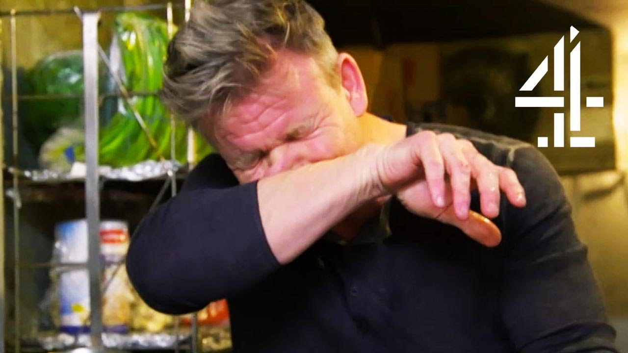 """Download GAGGING From Smell: """"We Are F***ed""""   Gordon Ramsay's 24 Hours To Hell and Back"""