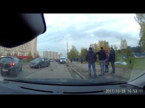 Авария 28.10.2017 г. ул. Привольная
