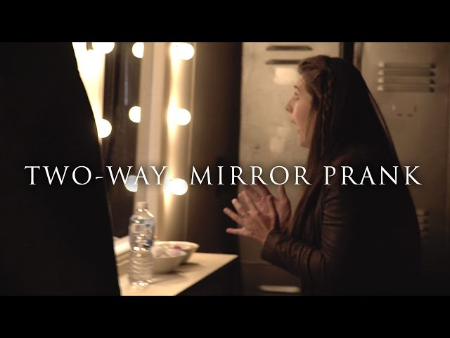 THE CONJURING 2 – SCARIEST TWO-WAY MIRROR PRANK EVER