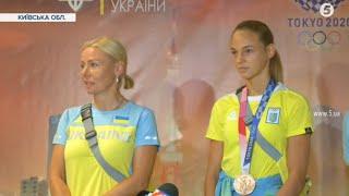 Призерка Дар'я Білодід повернулася з Олімпіади. Як її зустріли в Україні