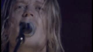 Смотреть клип Puddle Of Mudd - Basement
