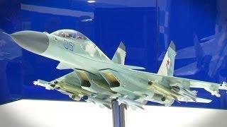 Caza súper maniobrable, nave espacial y sistema antiaéreo S 350 en MAKS 2013