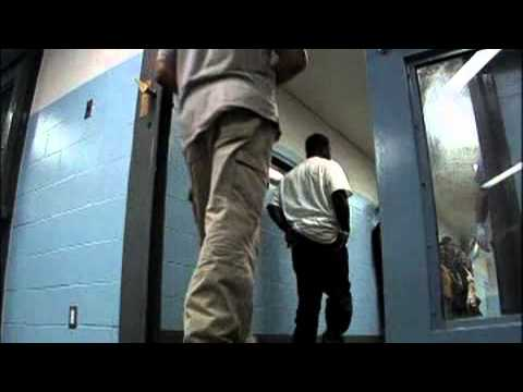 O.C. jails to start checking immigration status of inmates - 2010-03-16