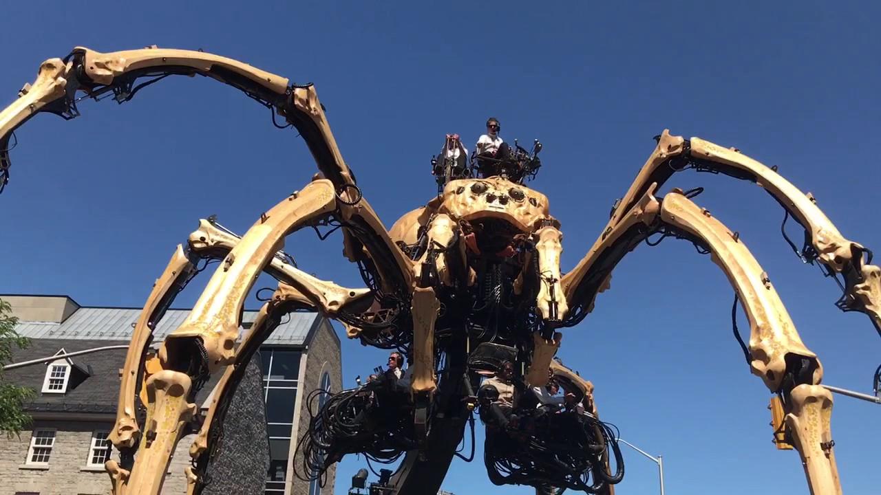 Giant Robot Spider Defeats Dragon & Advances on ME! - YouTube