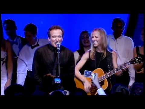 "Sheryl Crow & Robin Williams - ""Everyday is a Winding Road"" Party Jam"