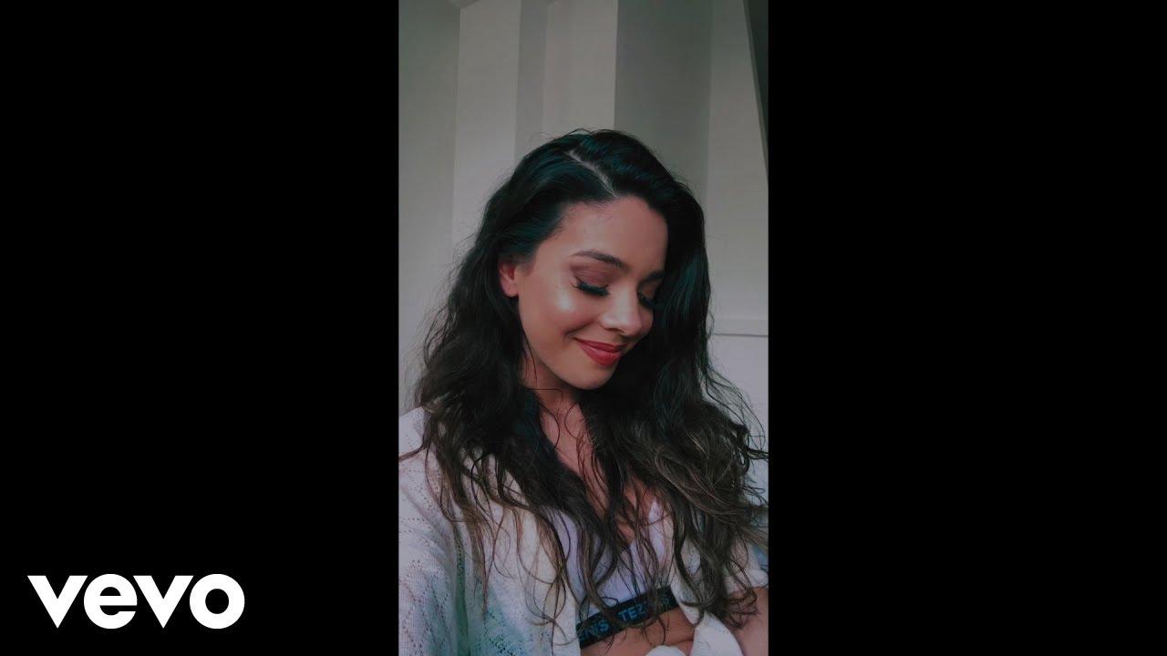 Download Marta Carvalho - Lugar (Vertical Video)