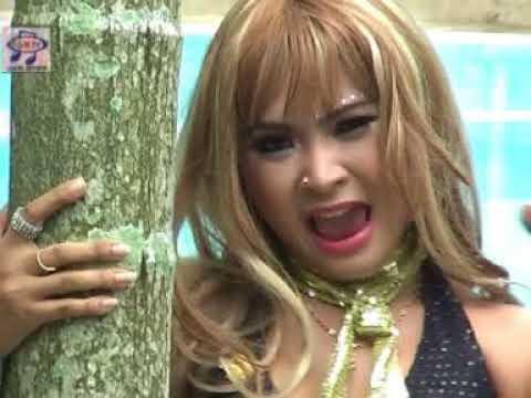 Ana Lorizta - Hati Bagai Terpenjara (Official Music Video)