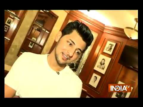 A Quirky Conversation With 'Khinch Meri Photo' Fame Singer Darshan Raval