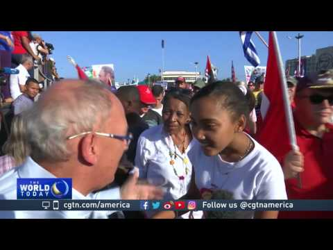 Raul Castro presides over last May Day parade, will step down next year