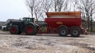 Siwi Combi Hitch System Combined With Bredal K165 Lime Spreader