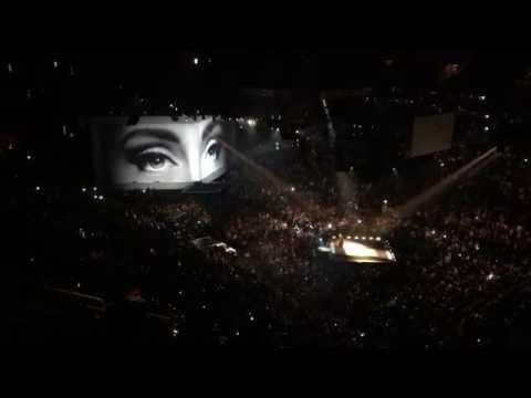 """""""Hello"""" - Adele - Live in Toronto @ Air Canada Centre 10-06-16"""