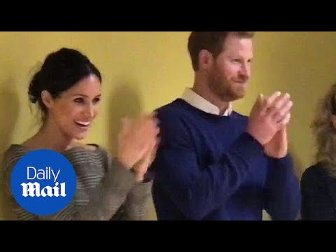 Meghan and Harry watch Willow High School pupils performing - Daily Mail