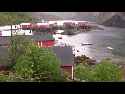 Nusfjord Lofoten Norway fishermanshouse (video by ben&hanny)