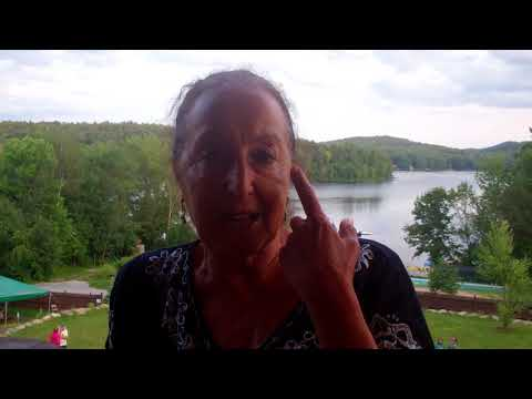 Healing Hashimoto's Thyroiditis and Osteopenia with Raw Vegan Food