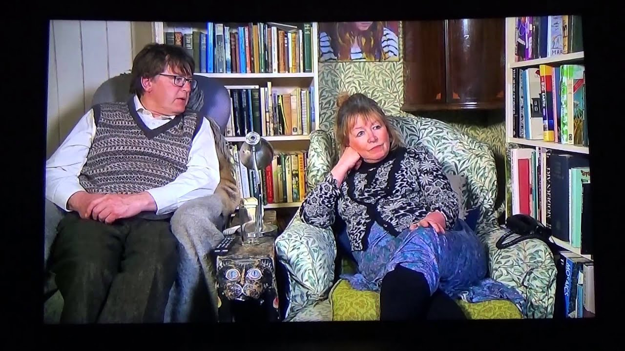 gogglebox 39 s giles mary nuclear armaggedden youtube. Black Bedroom Furniture Sets. Home Design Ideas