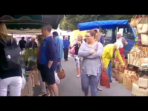 Aulnay market Sunday Mornings Charente-Maritime