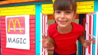 بولام وماكدونالدز وجبة سحرية ! Magic McDonald's Happy Meal - Laurinha - Clubinho da Laura