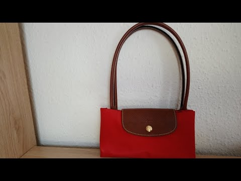 b609480b94f5 Longchamp Le Pliage Tote - YouTube