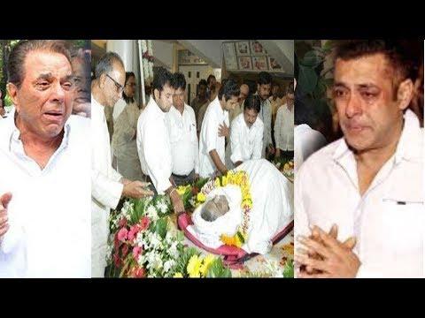Actor Shashi Kapoor Dies की मौत से सदमे में आया बॉलीवुड, नहीं होगा कोई सेलिब्रेशन..