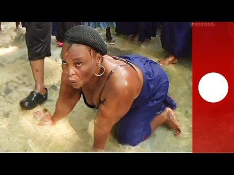 Vidéo : au cœur d'une cérémonie vaudou en Haïti