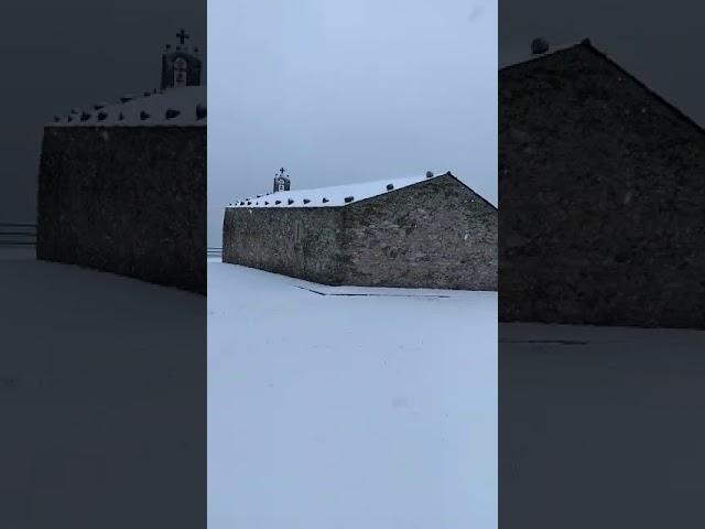Solo se ve nieve desde San Roque... ¿dónde está Viveiro?