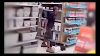 Walmart Worker LOSES It And Trashes The Store