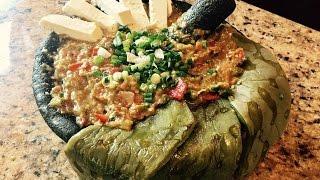 La  Mejor Salsa de Molcajete Estilo Michoacan / Mexican Salsa