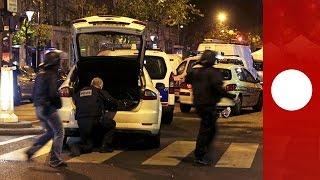 Amvid: Moment Paris police face gunman near Bataclan venue