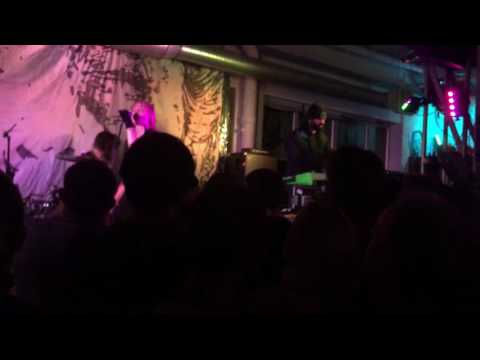 Crystal Castles - Fleece (Live at Rough Trade East, London)